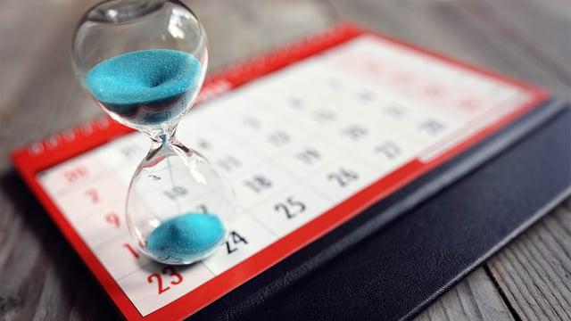 Timeglass på kalender